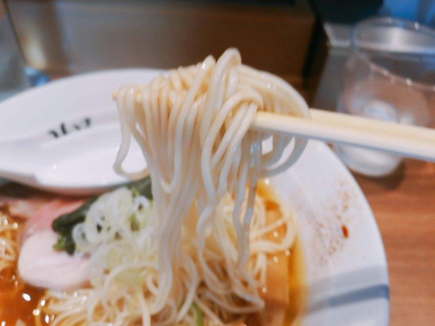川俣シャモ中華そばの麺