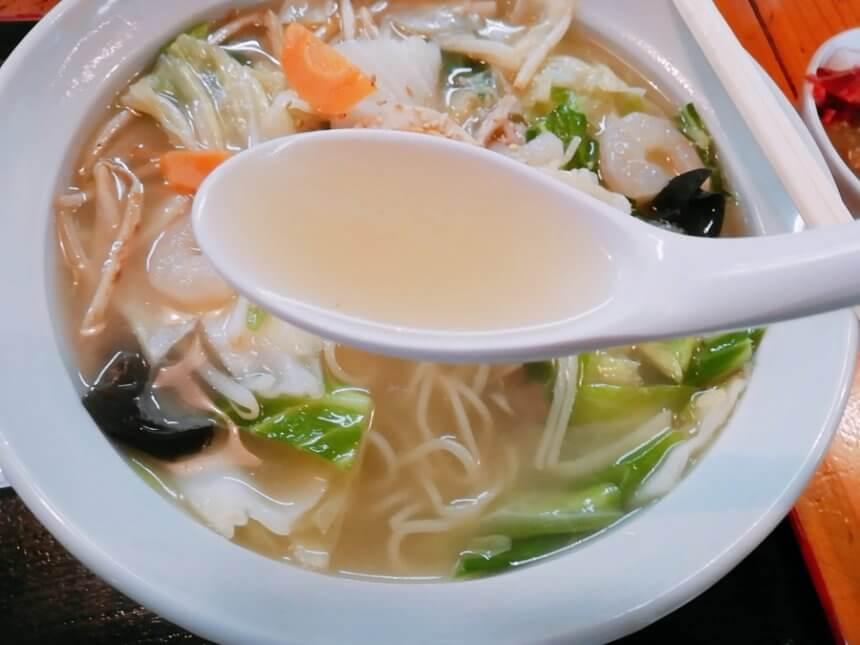 野菜タンメンのスープ