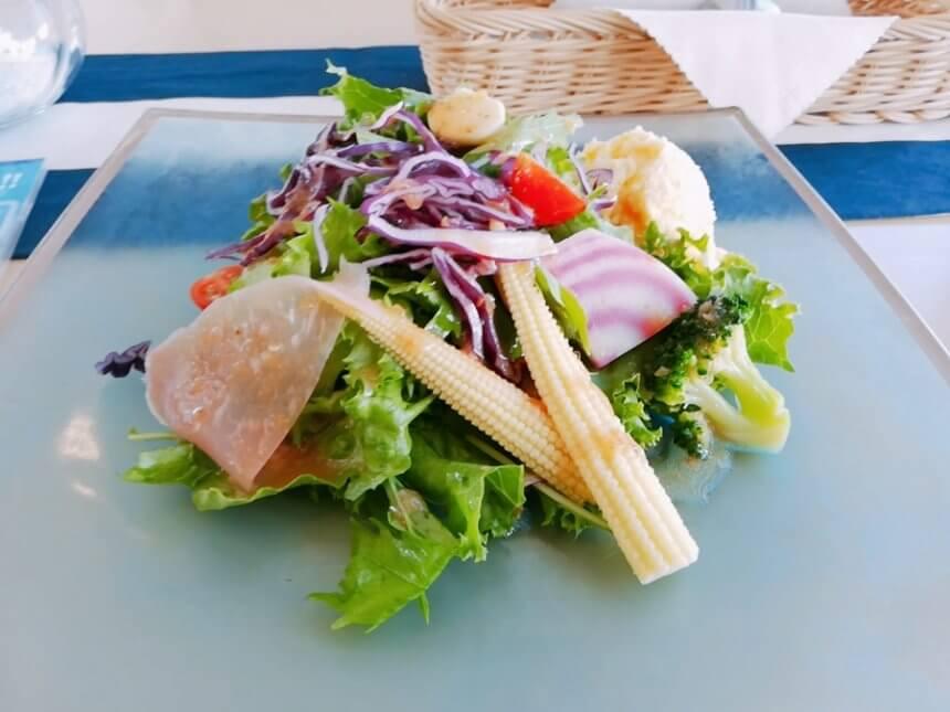 カリメーラのサラダ