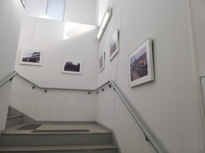 館内の中央階段