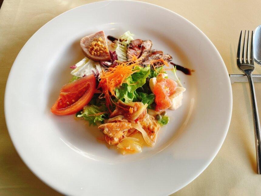 ブレアマリーナのサラダ