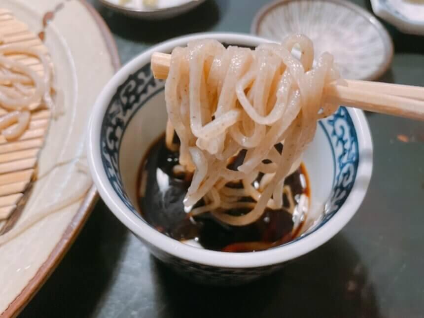 蕎麦とつゆ