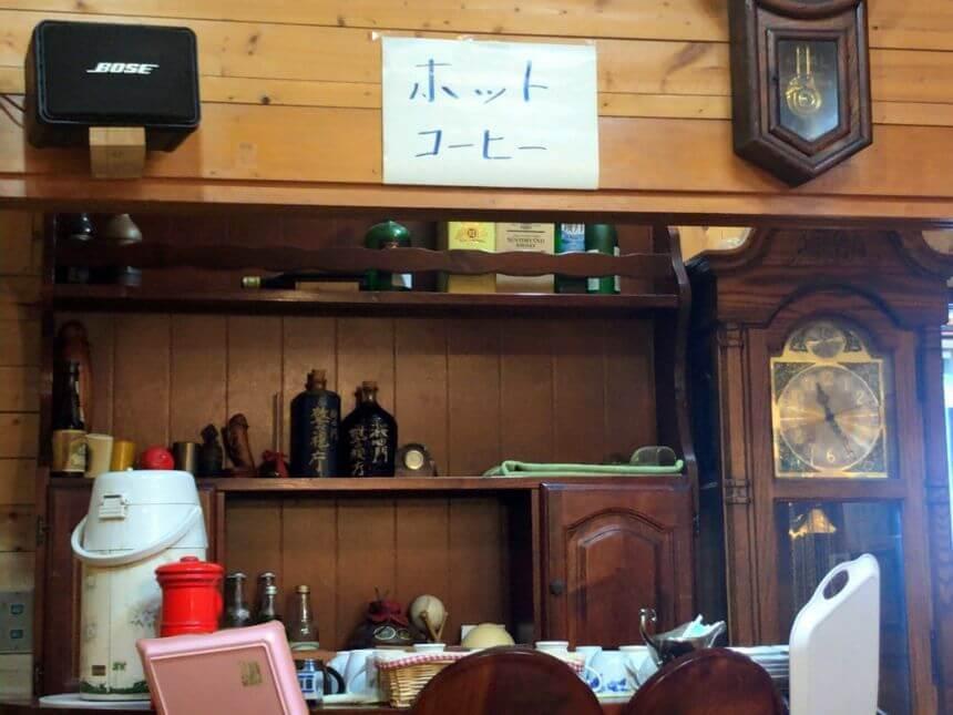 セルフサービスのホットコーヒー