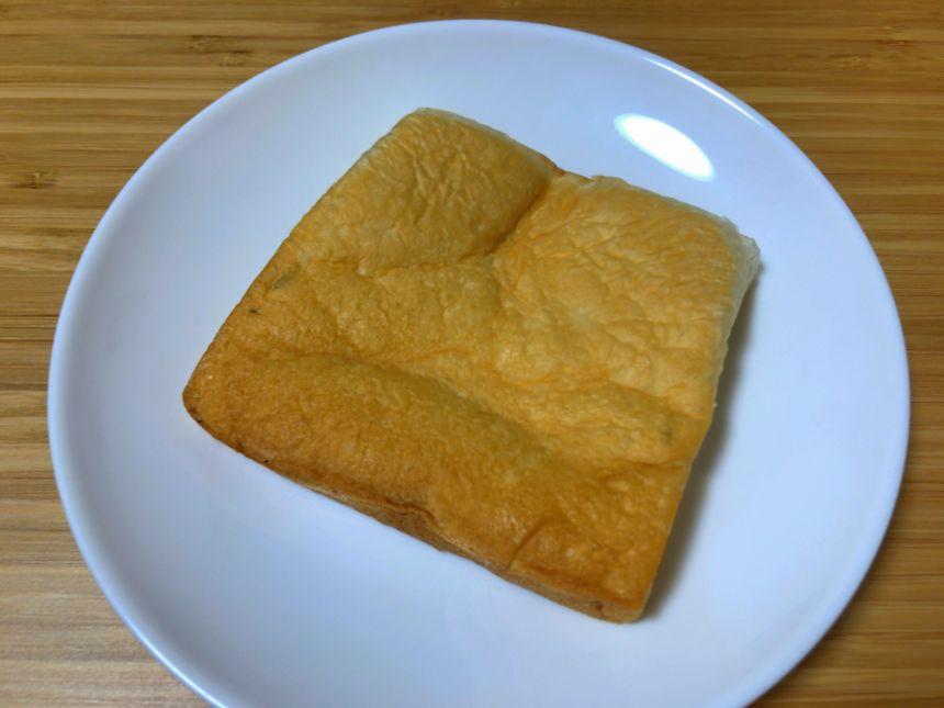和の高級生食パンの端部分