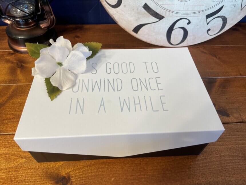 メニューの入った箱