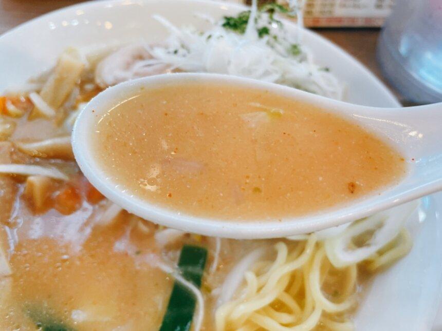 辛味噌ラーメンのスープ
