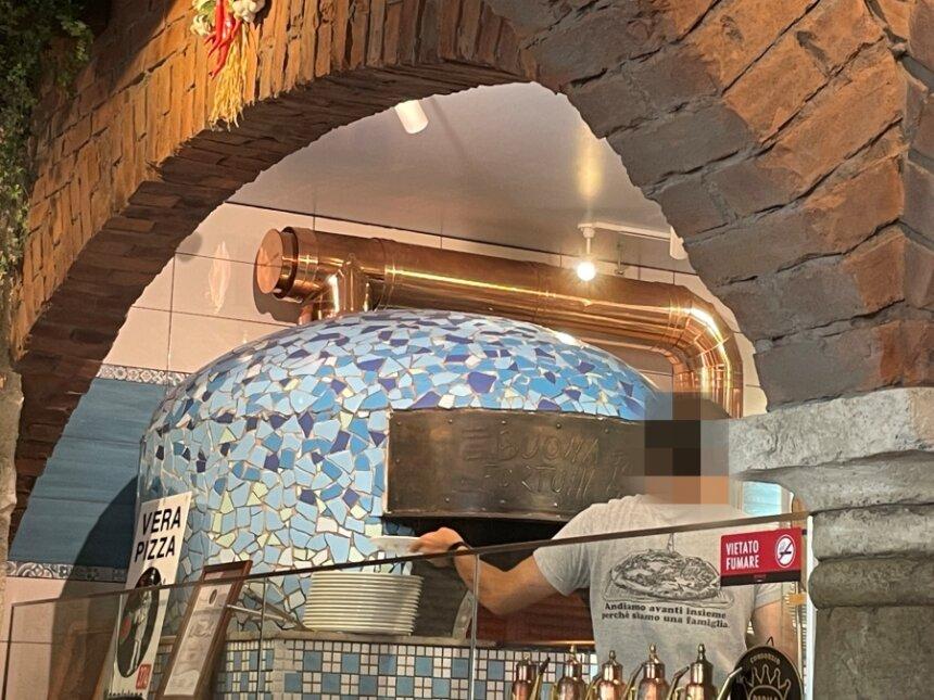ピッツェリア パドリーノの薪窯