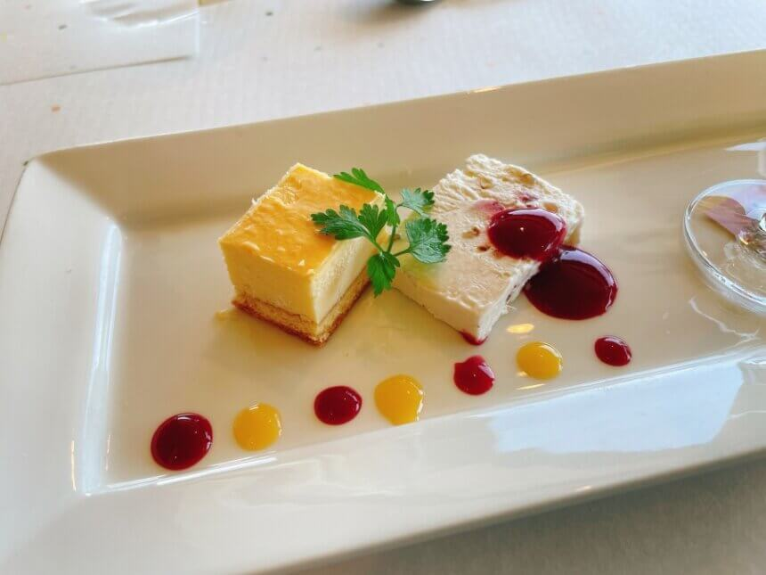 ベイクドとアイスのチーズケーキ