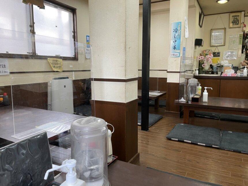 久美食堂の店内